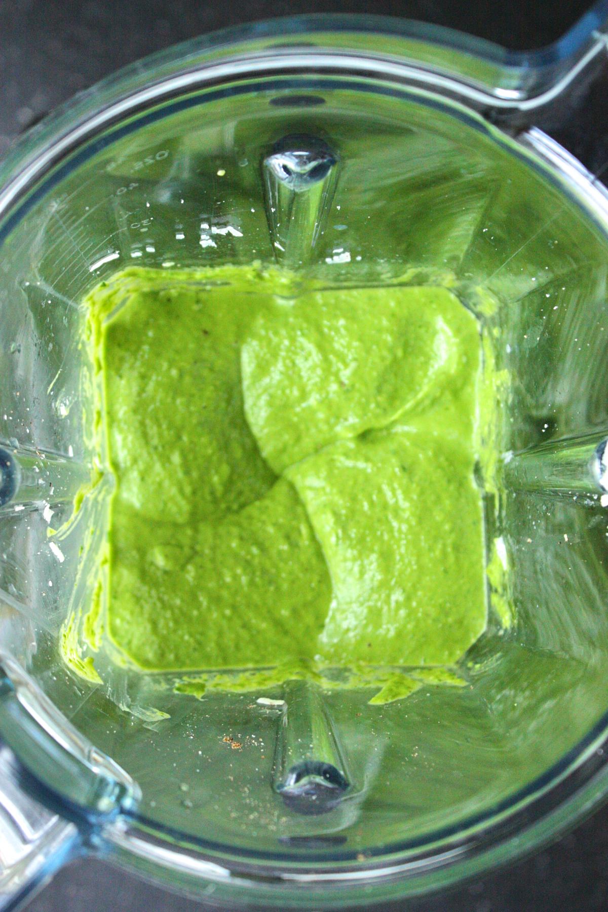 creamy-avocado-spinach-pasta