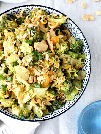 broccoli ramen salad with peanut dressing