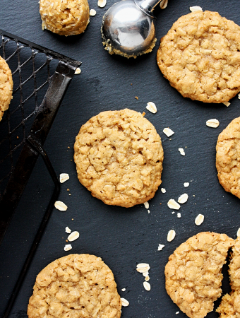 Easy Oatmeal Cookies
