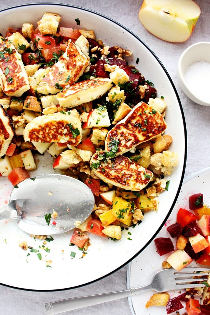 Beet Salad with Apple and Grilled Hallloumi