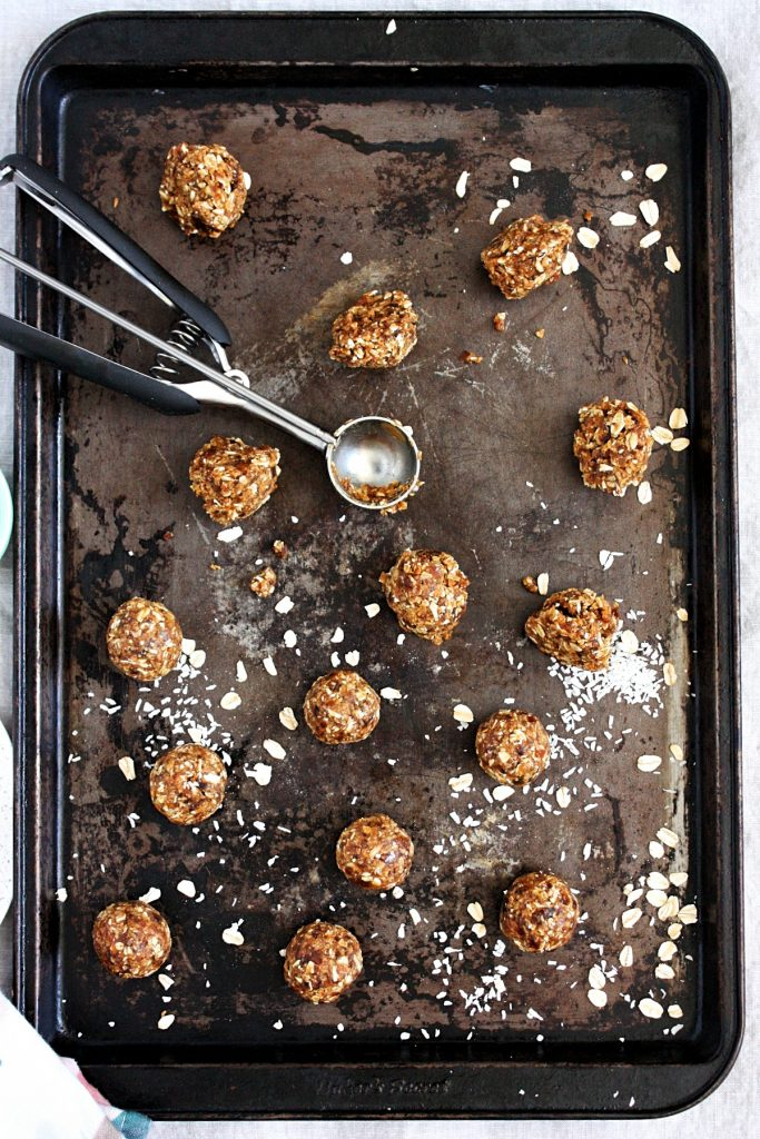 Healthy Energy Balls Recipe with Dates