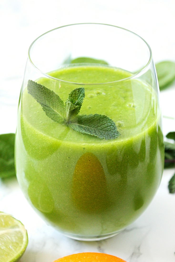 Mango Spinach Smoothie with Mint and Citrus