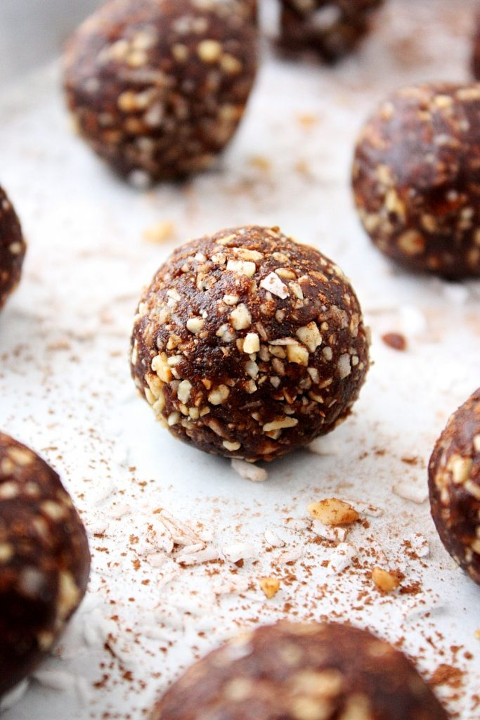 Chocolate Peanut No-Bake Energy Bites Close-Up